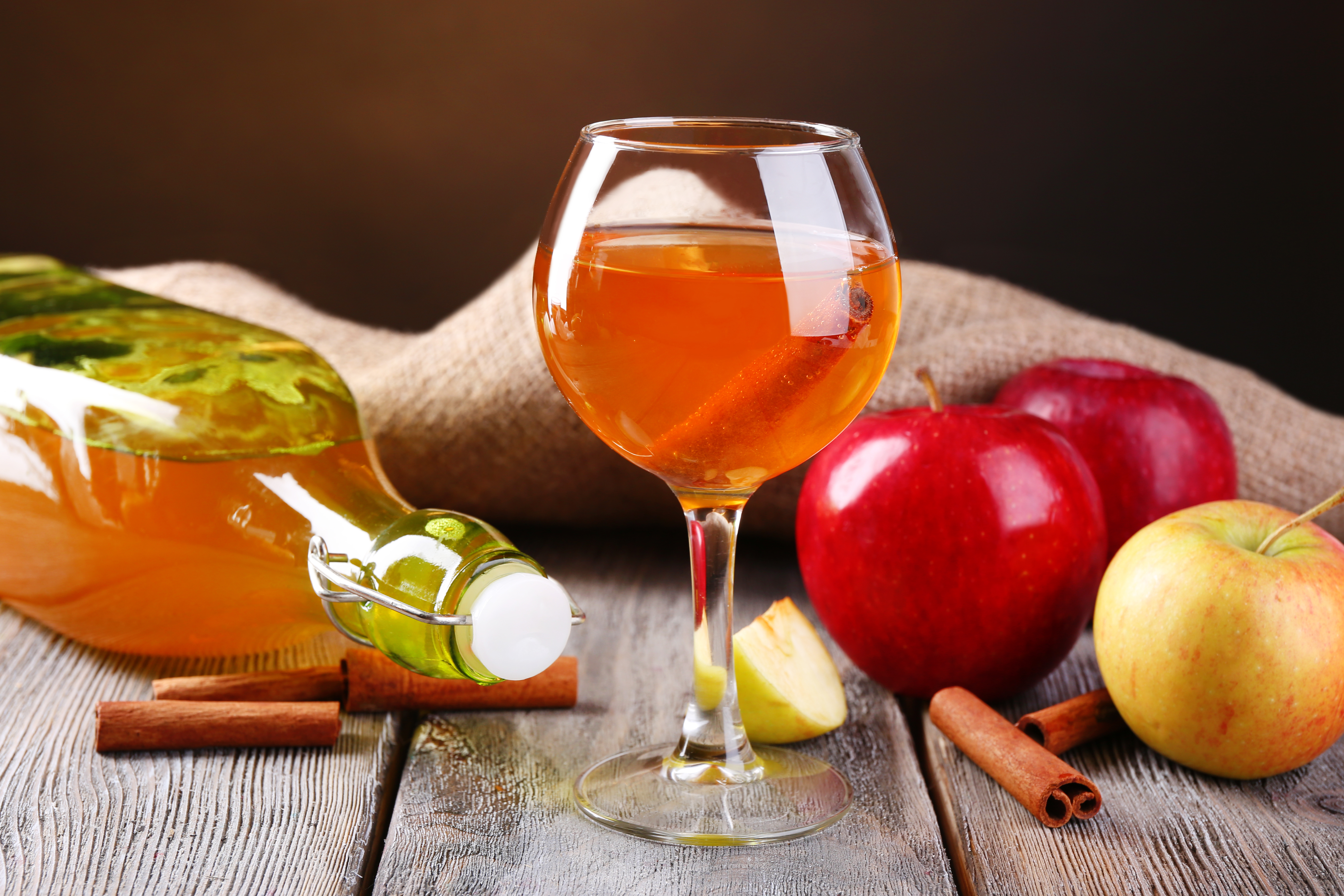 Крепленое вино из яблок в домашних условиях 90